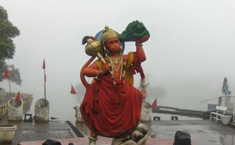 Ganga-Talab-Ganga-Talao-Hanuman-Grand-Bassin