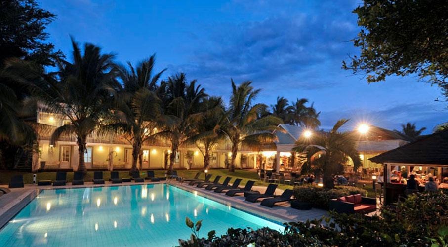 palmier-tour-agence-de-voyages-alamanda-piscine-global-3