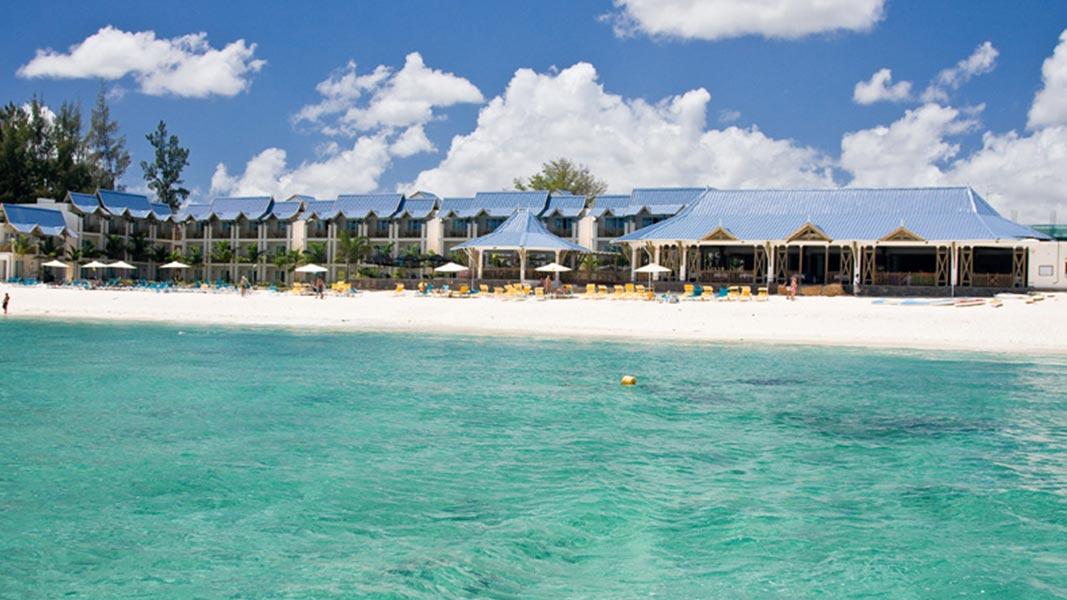 palmier-tour-agence-de-voyages-bain-pearl-beach-5