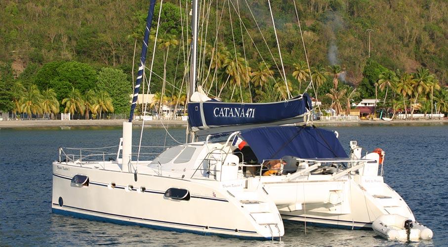 palmier-tour-agence-de-voyages-catamaran