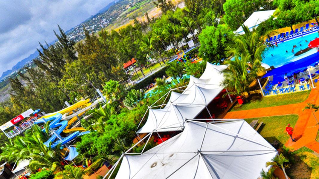 palmier-tour-agence-de-voyages-floralys-parc-aquatique