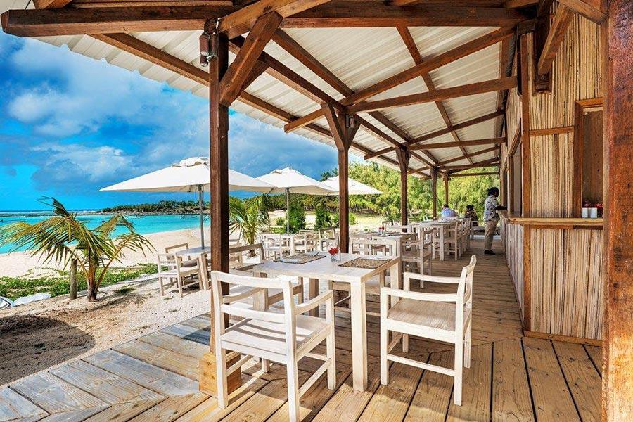 palmier-tour-agence-de-voyages-restaurant-Plage_le-village-du-Pecheur